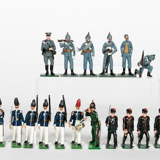 "19 Pc, Mixed Maker ""German Army"" Toy Soldiers"