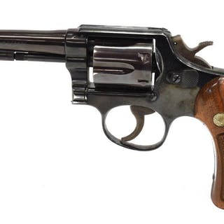 SMITH & WESSON .38 CALIBER MODEL 10-5 REVOLVER