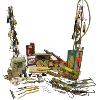 LOT) COLLECTION VINTAGE FISHING TACKLE & SUPPLIES