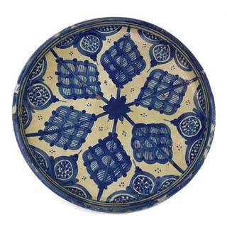 LARGE MEXICAN BLUE & WHITE TALAVERA DISH