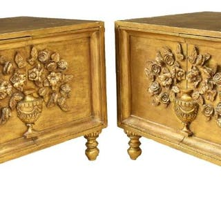 (PAIR) BEDSIDE CABINETS IN GILT PAINTED FINISH