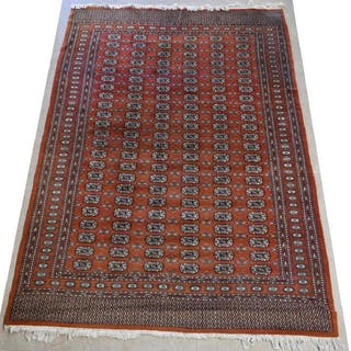 "HAND-TIED PAKISTANI WOOL RUG, 9'0"" X 6'5"""