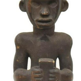 LARGE AFRICAN ANCESTRAL CARVED WOOD FIGURE