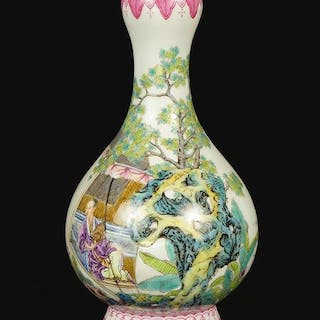 A Chinese Republic Style Famille Verte Porcelain Garlic