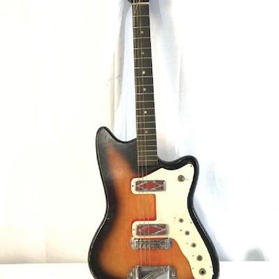 SILVERSTONE Electric Guitar W Case