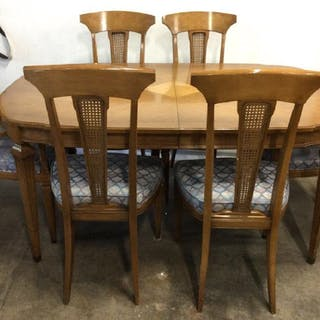 Lot 9 Split Leaf Dining Room Table & Chairs
