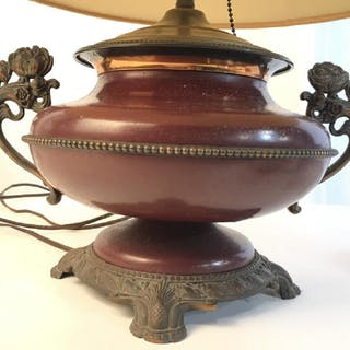 Metal Arts and Crafts Style lamp