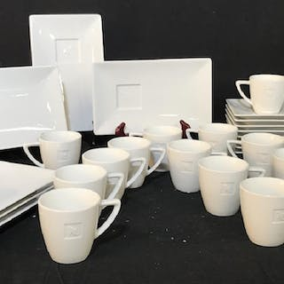 Set 29 -Porcelain Coffee Cups & Dessert Plates