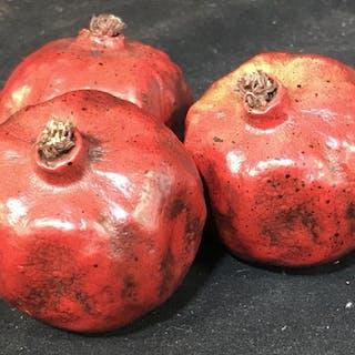 Set 3 Ornamental Basket Pomegranates