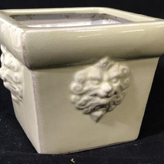 Lion Motif  Ceramic Cachè Pot