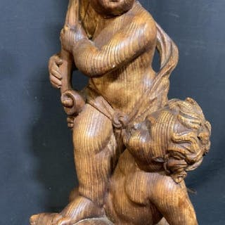 Wood Style Cherub Figural Lamp