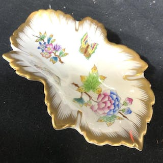 HEREND Porcelain Leaf Form Dish