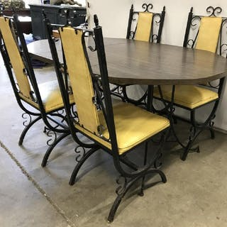 Lot 5 Metal Side Chairs W Table