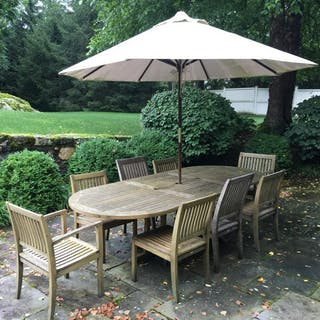 Set 10 BARLOW TYRIE Teak Table, Chairs & Umbrella