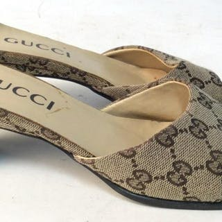 GUCCI Vintage Kitten Heels