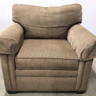 Vintage ETHAN ALLEN Armchair