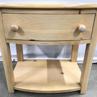 STANLEY FURNITURE Children's Wooden Nightstand
