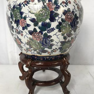 Chinese style Porcelain Flower Pot W Stand