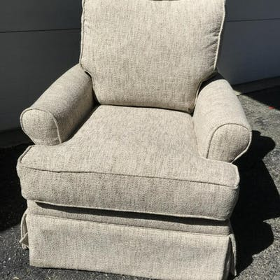 Country Willow Sadie Swivel Glider Chair