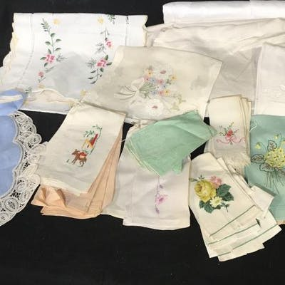 Group Of Vintage Linens