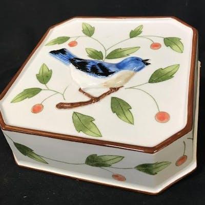 Vintage ceramic singing bird decorative vessel