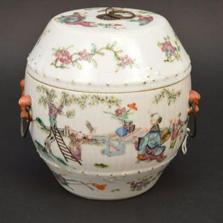 Chinese Famille Rose Hand Painted Porcelain Tea Caddy