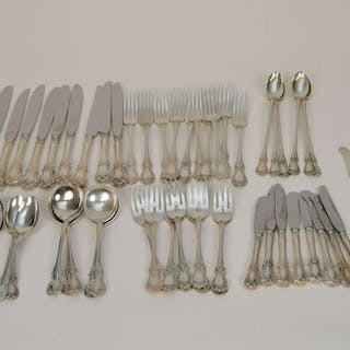 65 Towle Sterling Silver Flatware Old Master. Weight 44