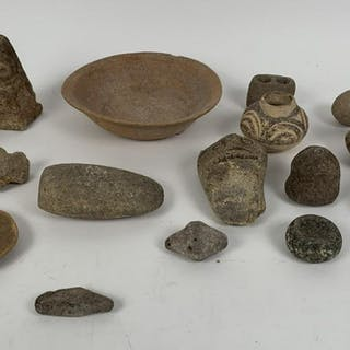"Lot 16 of Pre Columbian articles various sizes 2.5"" -"