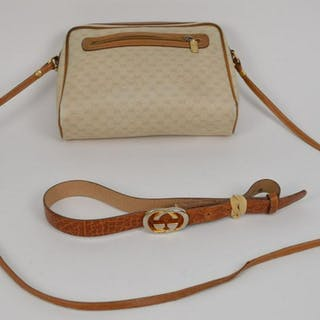 Vintage Gucci Logo Monogram Pochette Shoulder Bag with