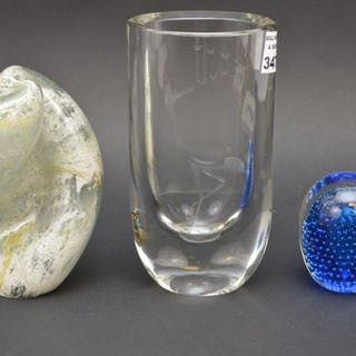 "Pair (2) American Studio Art Glass Vases Signed. 7"" x 3"