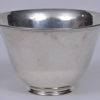 Arthur Stone sterling silver Arts and Crafts bowl.
