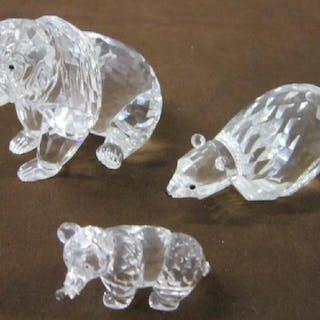 62c14a3c91 Swarovski Crystal Figurine Grouping – Current sales – Barnebys.com