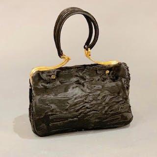 904d94873411 Hand bag – 拍賣 – Barnebys.hk上的所有拍賣