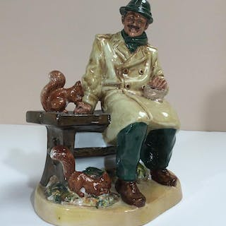 ROYAL DOULTON FIGURINE HN2485 LUNCHTIME