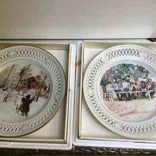PAIR BING & GRONDAHL COLLECTOR PLATES