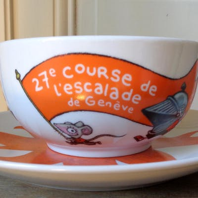 Bol et assiette pour la 27e Course de l'Escalade