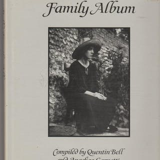 Vanessa Bell's Family Album Quentin Bell and Angelica...