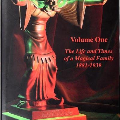 The Davenport Story Volume One Fergus Roy Fine Books on Magic
