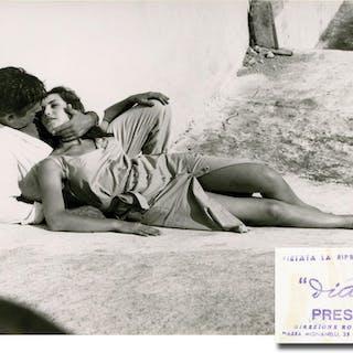 La sfida (Collection of 18 original film stills for the 1958 film) Rosi