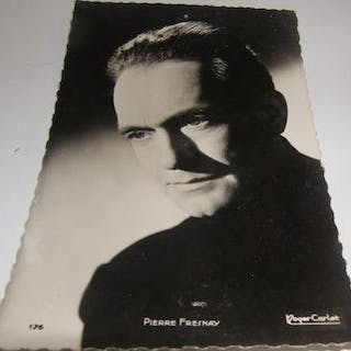 Pierre Fresnay Post Card. Roger Carlet (Photo). Photographs