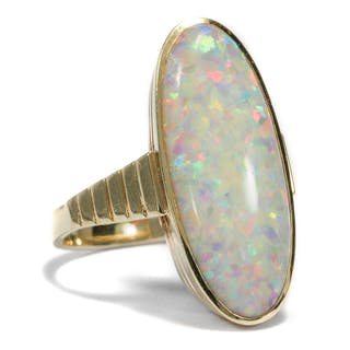 Vintage Opal-Ring aus Gold mit lebhaftem Gilson Opal, um 1975