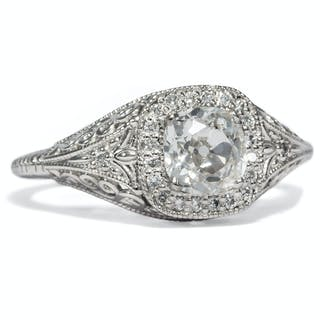 Antiker 0,846 ct Diamant im Cushion Cut in einem modernen Platin-Ring