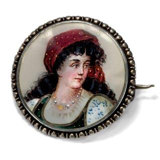 Silberbrosche mit Emailportrait einer Italienerin, um 1880