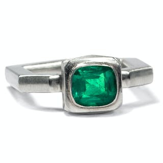 Unikater vintage Smaragd-Ring von Peter Hassenpflug, Düsseldorf, datiert 1992
