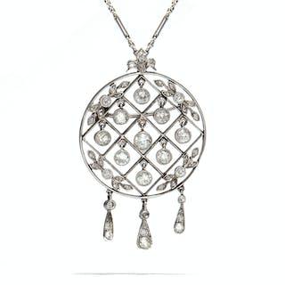 Elegantes Platin- & Diamant-Collier der Belle Époque, um 1910