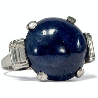Antiker Platin-Ring mit Burma-Saphir (no heat) und-Diamanten, Art Déco um 1935