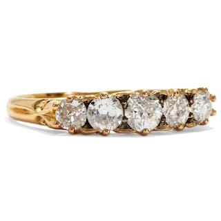 Edwardianischer Ring aus Gold & fünf Diamanten, England um 1910