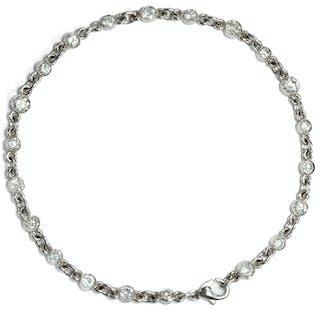 Zierliches Armband aus Platin mit 21 Diamanten im Übergangsschliff
