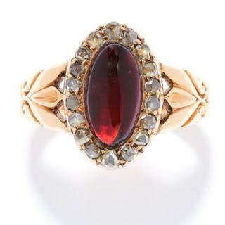 ANTIQUE GARNET AND DIAMOND RING in 18ct yellow gold, set with a cabochon