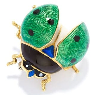 ENAMEL NOVELTY BUG BROOCH in yellow gold, depicting a bug set with